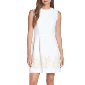 VINCE CAMUTO Embroidered Tweed Dress Size 12